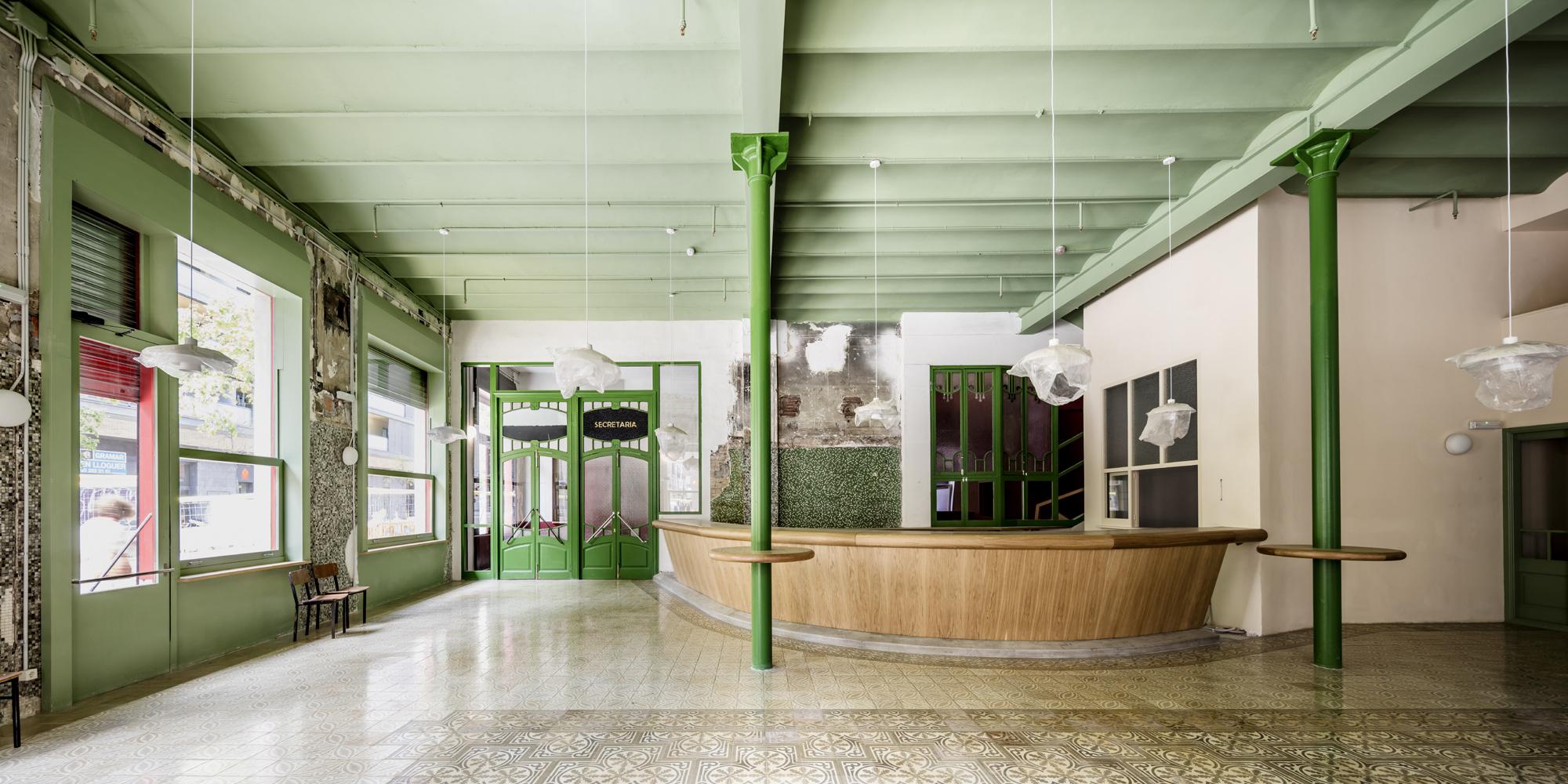 Industrial y colorista: Así es la nueva sala Beckett 2