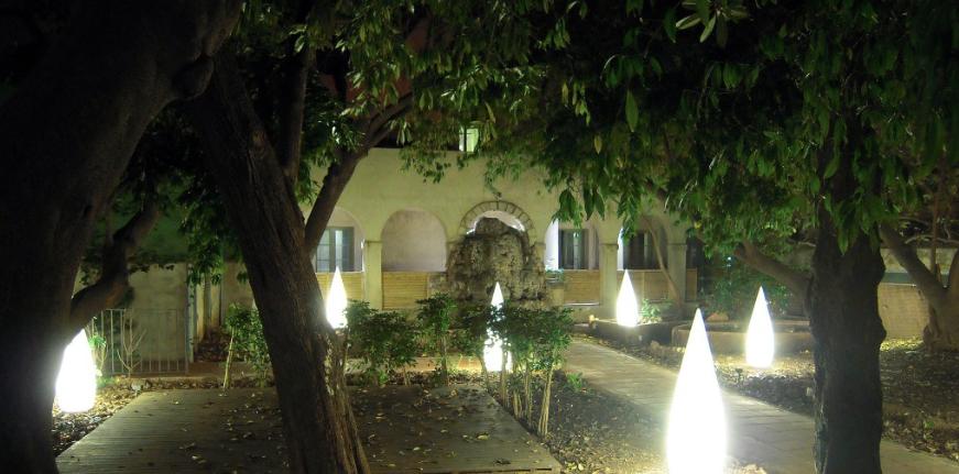 Un edén en medio del gótico: los jardines de la casa Ignacio Puig