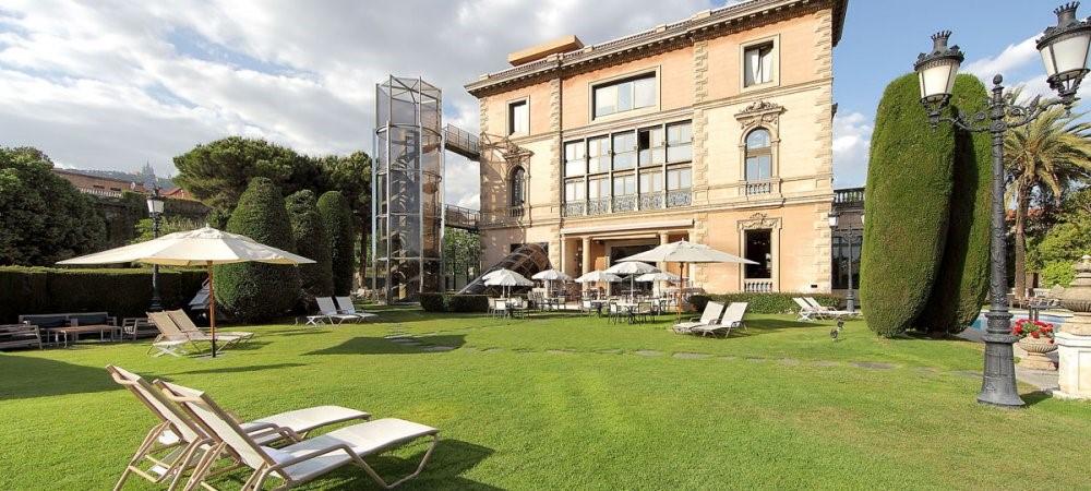 Metropolitan Iradier, indoor exercise in Barcelona 1
