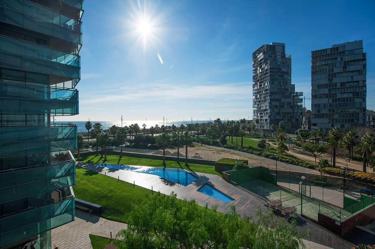 ¿Por qué vivir junto al mar en Barcelona? 3
