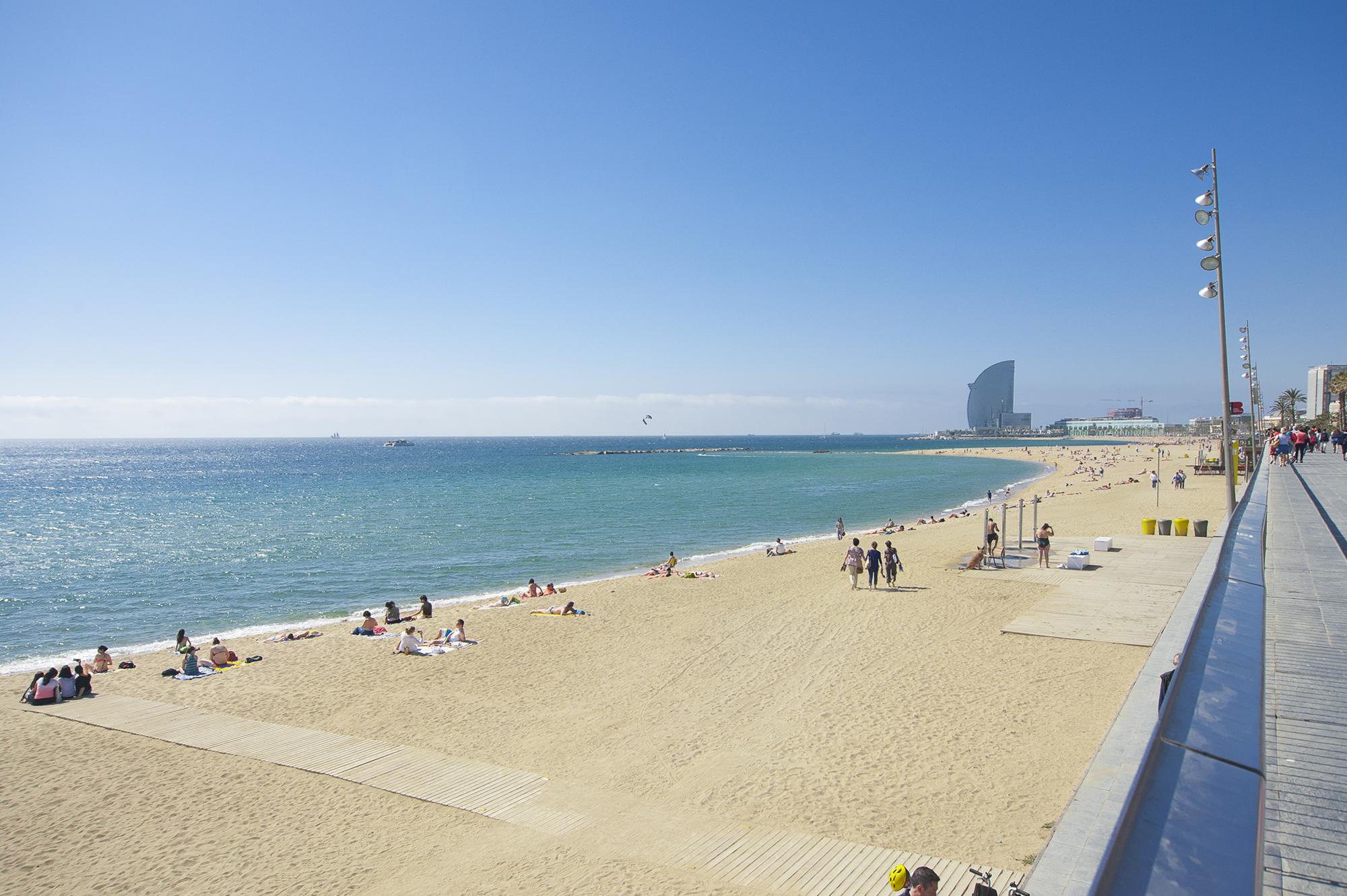 ¿Por qué vivir junto al mar en Barcelona? 1