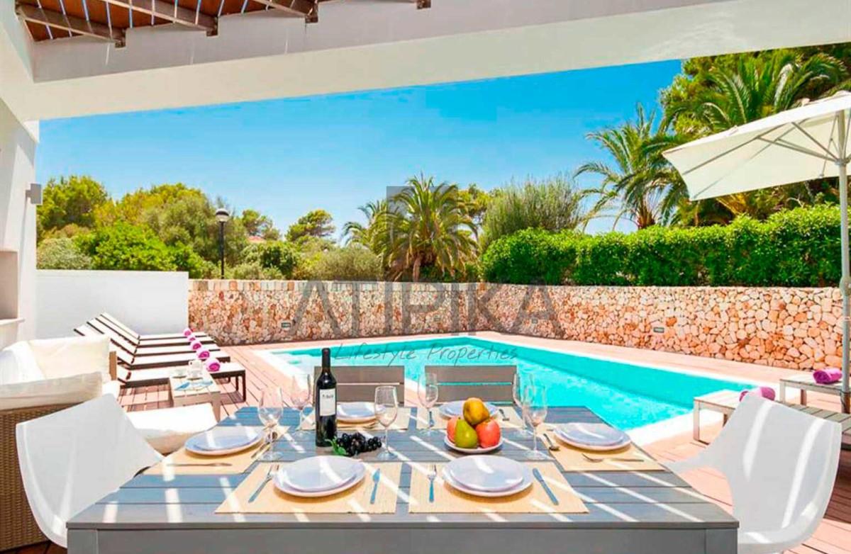 Encanto costero y lujo, así es vivir en Menorca 5
