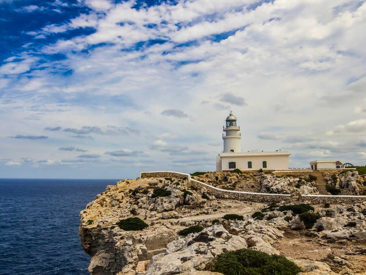 El encanto de los faros de Menorca 1