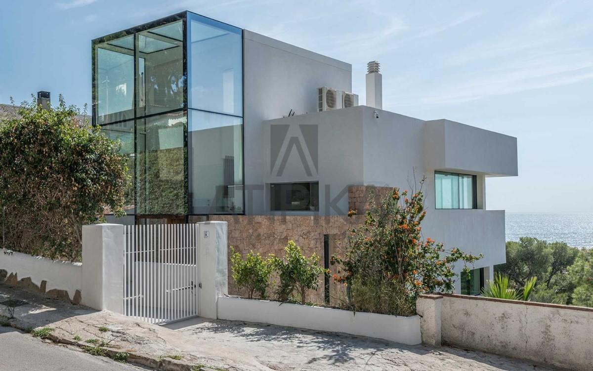Auténtico lujo en la Costa Sur de Barcelona 1
