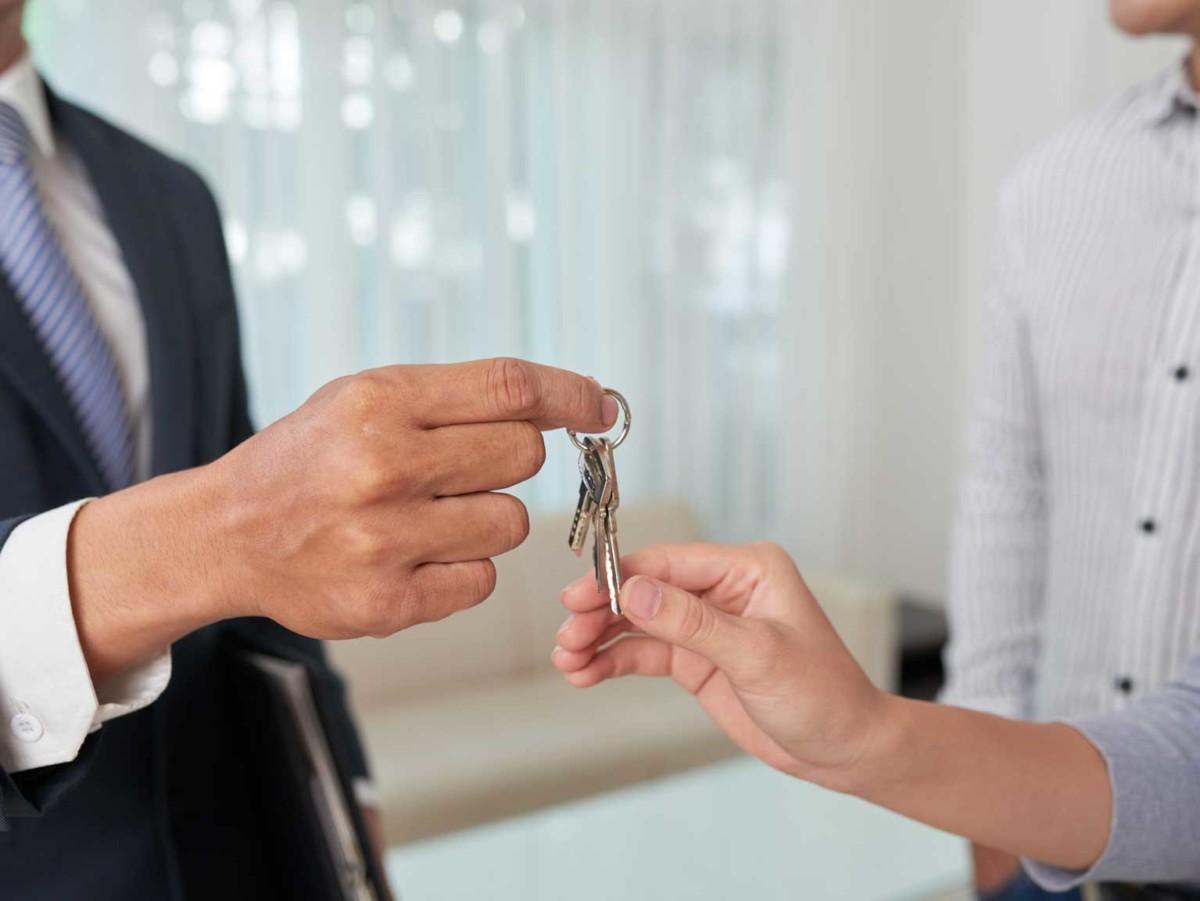 Adquirir una casa por el precio de un piso