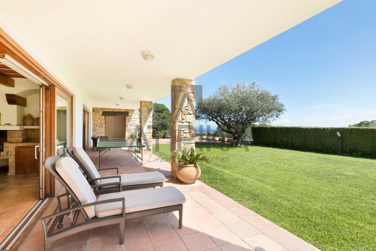 Casa en alquiler en Premià de Dalt. Exclusividad, privacidad y confort a tu alcance 3