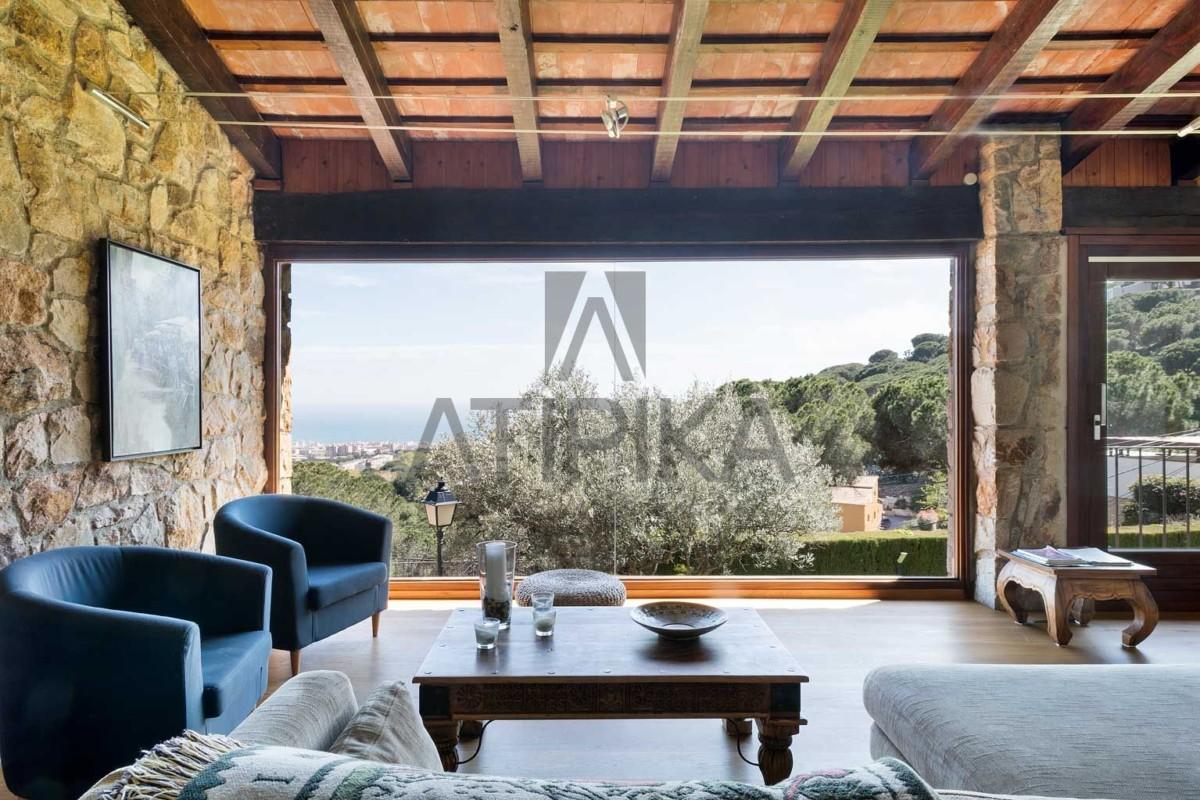 Casa en alquiler en Premià de Dalt. Exclusividad, privacidad y confort a tu alcance 2