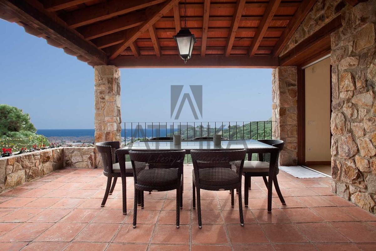 Casa en alquiler en Premià de Dalt. Exclusividad, privacidad y confort a tu alcance 4